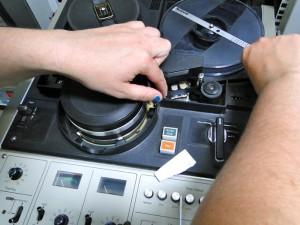 threadimg-eiaj-half-inch-video-tape