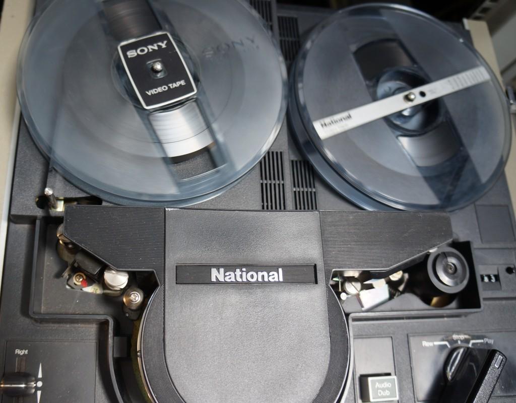 Panasonic VTR NV-8030 transferring a tape